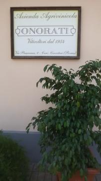 http://www.vinionorati.it/it/azienda.aspx